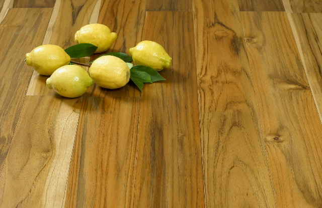 Consejos para mantener el parquet en buenas condiciones for Parquet madera natural