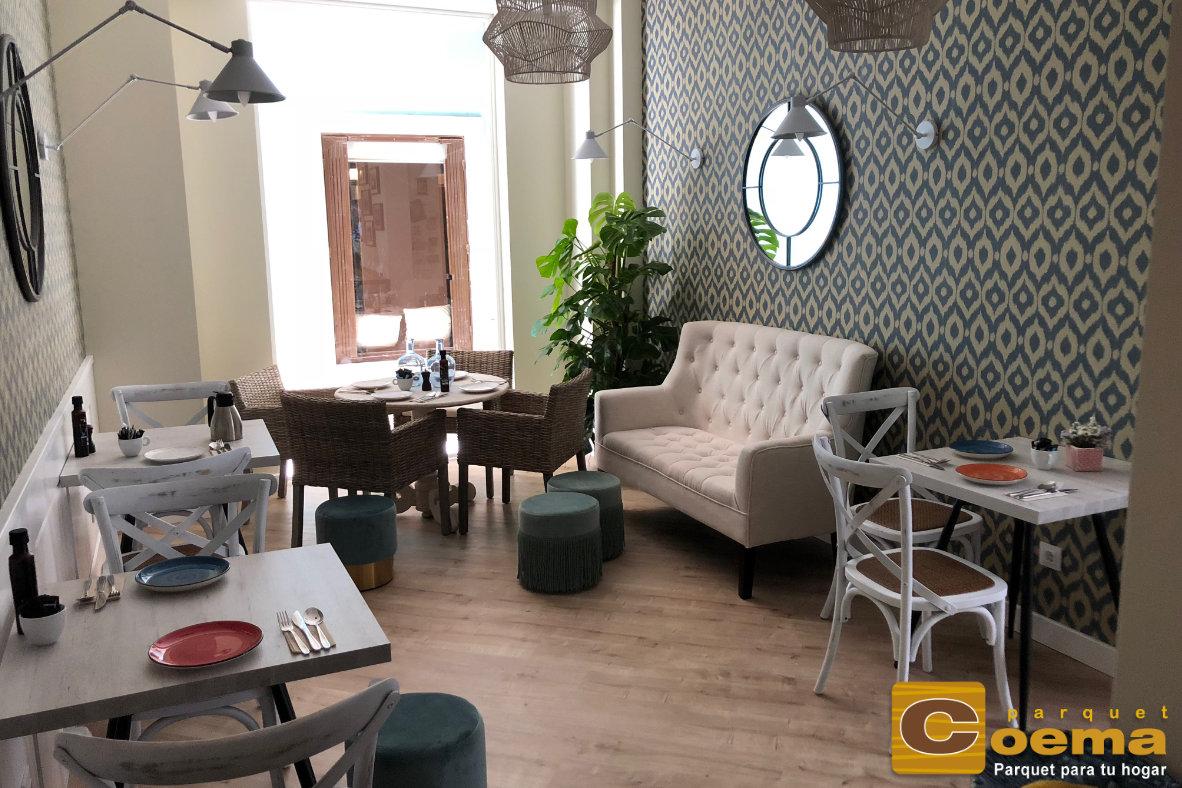 Suelo laminado en hotel del casco antiguo de Málaga